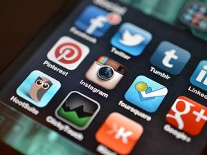 small-social-media